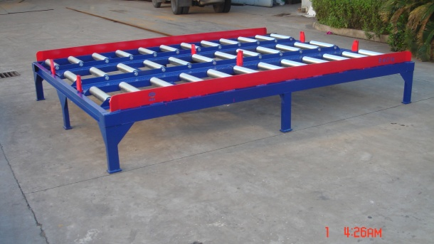 Platform collation frame for storing pallets and containers model LJ020B