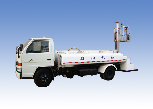 Toilet servicing vehicle WXQ5050GWS